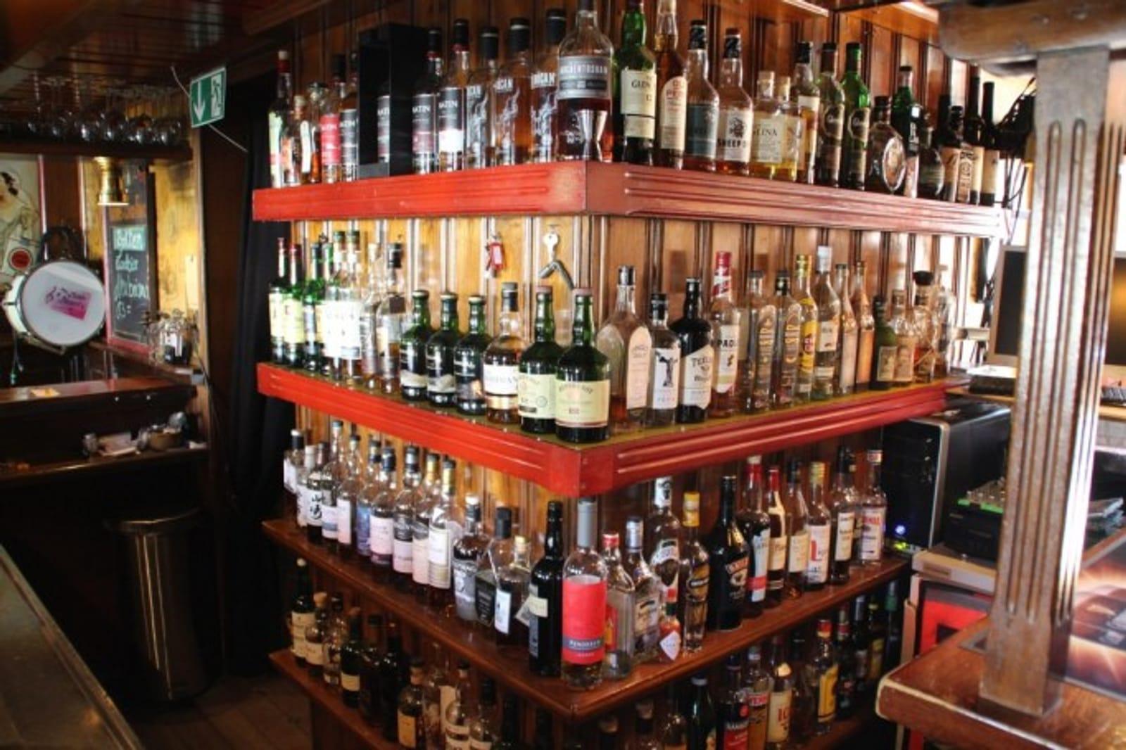 20. Juni = Whiskey is liquid sunshine - ein Tasting mit irischen Whiskeys