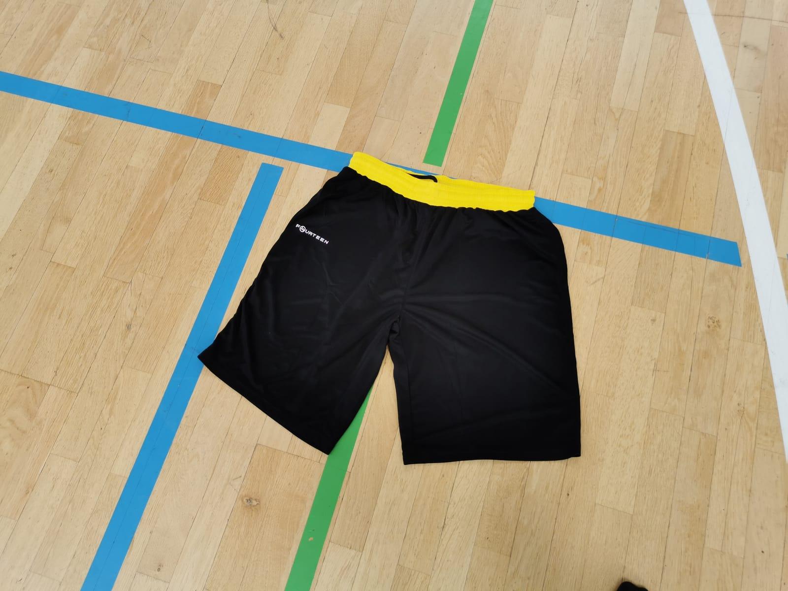 Original Trainings-Short aus der Teamwear