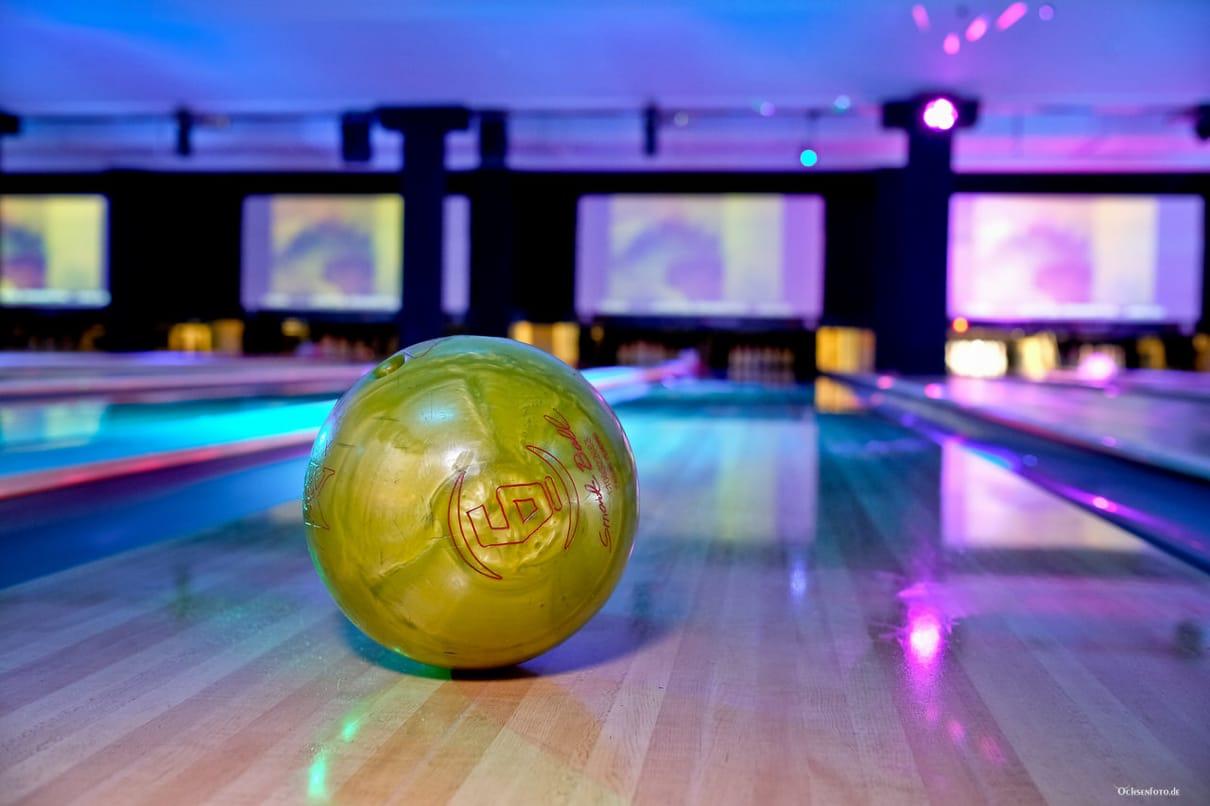 Bowlingabend mit der Mannschaft