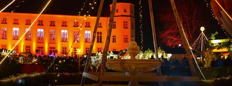 Romantischer Weihnachtsmarkt Schloss Tüßling